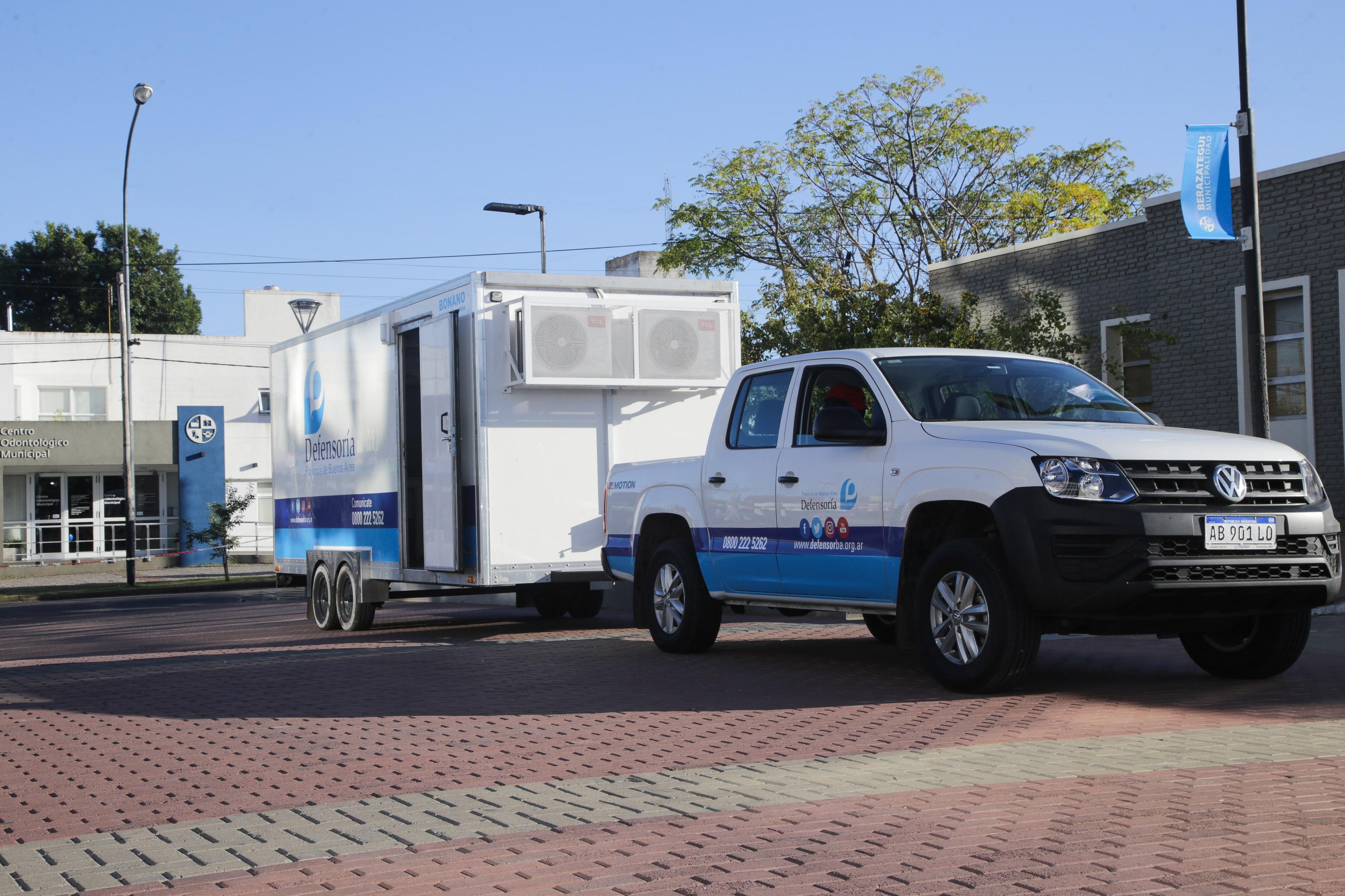 Camión Defensoría - Municipalidad de Berazategui (1)