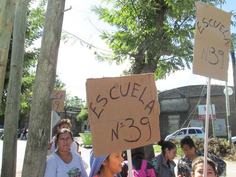 Se le cayó un ventilador en la cabeza a un alumno en una escuela de La Plata