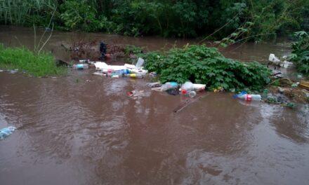 URGENTE: DESBORDÓ CANAL SAN JUAN EN CARLOS T-. SOURIGUES