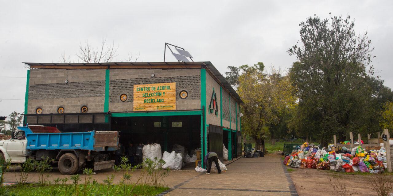 RECICLAN OBJETOS ELECTRÓNICOS EN DESUSO