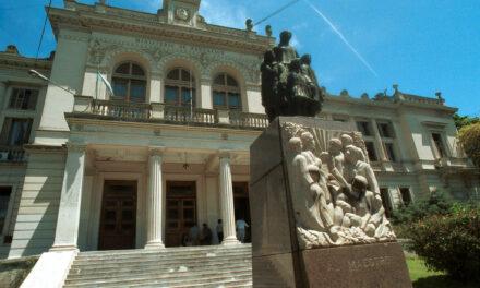 Provincia sumarió a 220 docentes por certificados médicos falsos