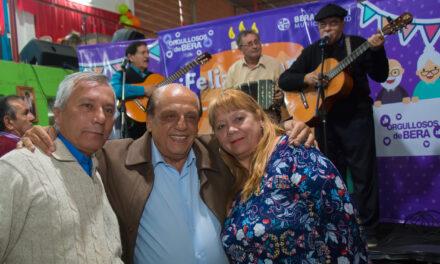 NUEVO CUMPLEAÑOS COMUNITARIO PARA ABUELOS DE BERAZATEGUI