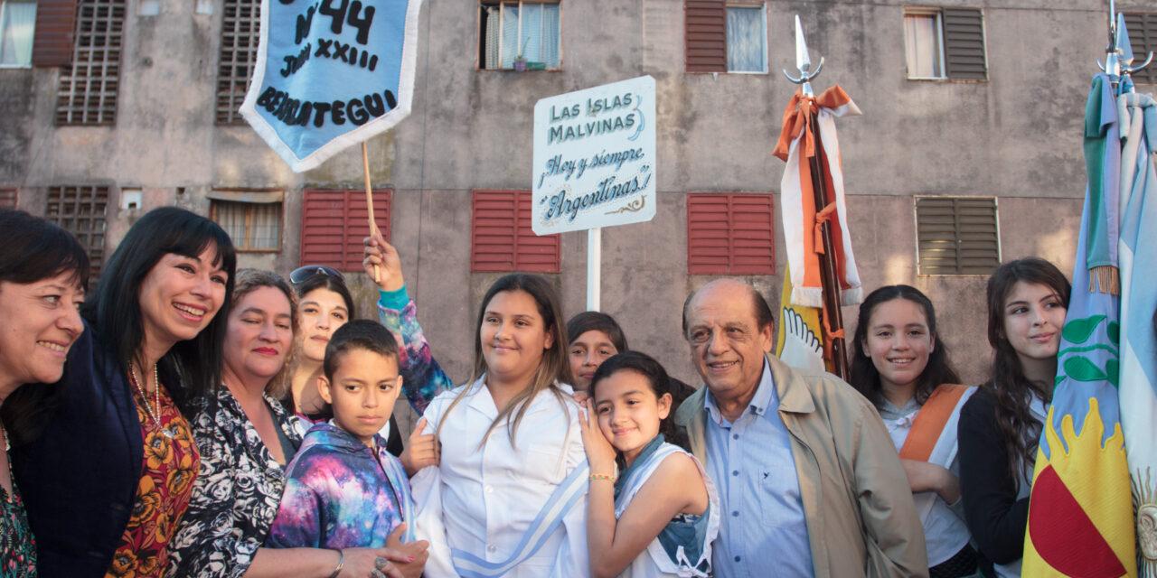INAUGURARON RENOVADA PLAZA 'ELBIO ARAUJO' EN «JUAN EL BUENO»