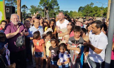 SE INAUGURÓ EL 'PARQUE DE LA FAMILIA MASCOTERA' EN BERAZATEGUI