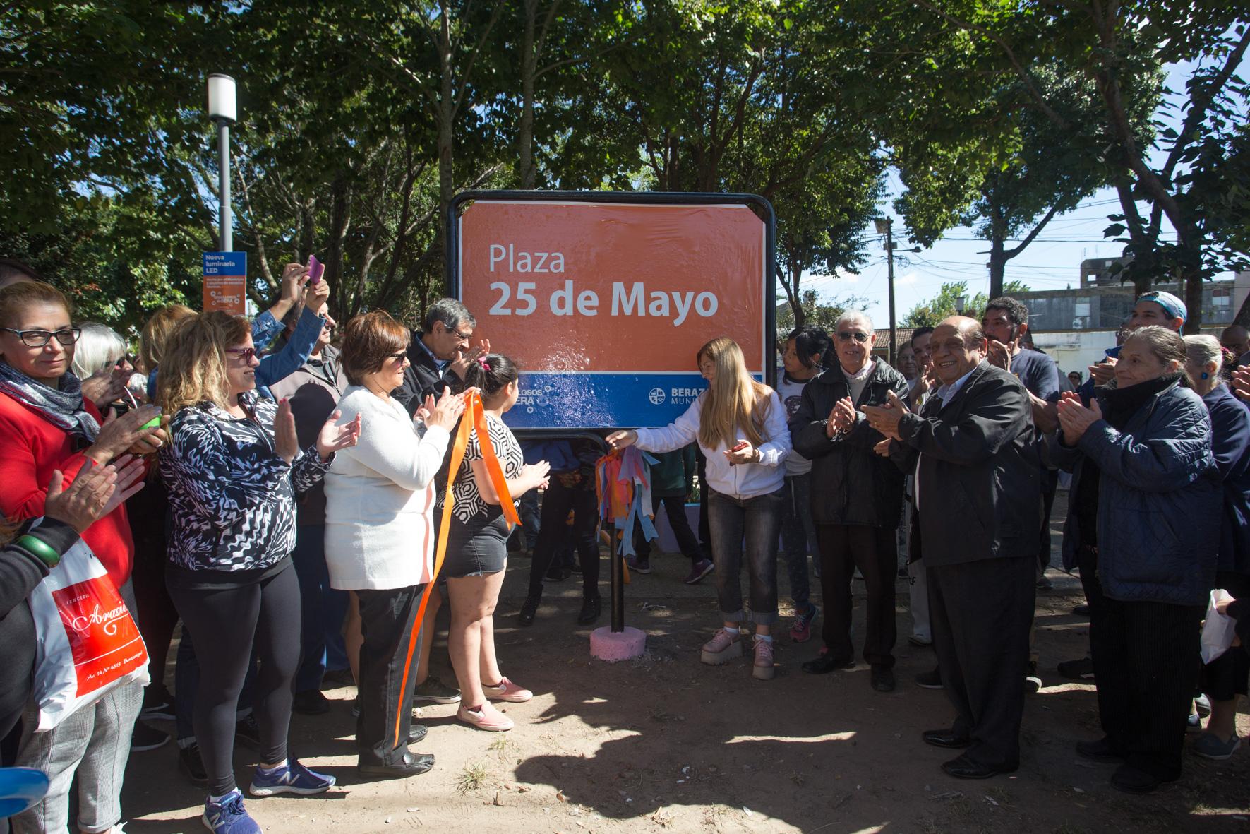 """RENOVARON LA PLAZA """"25 DE MAYO"""" DE HUDSON (2)"""