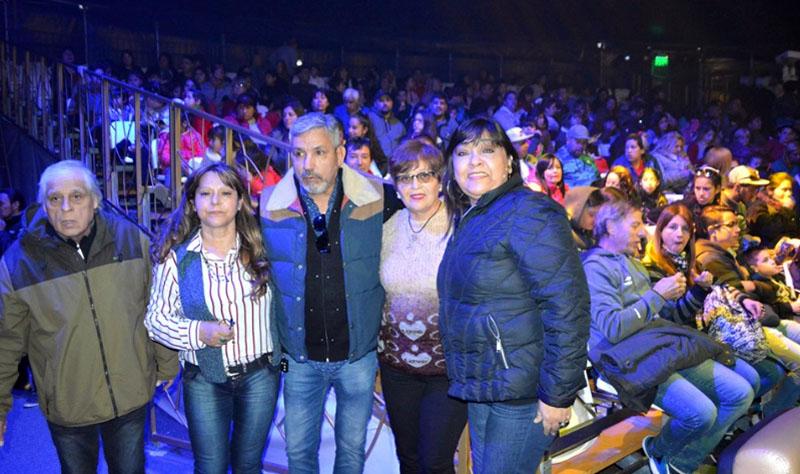 LOS 'MUNICIPALITOS' DE BERAZATEGUI  FESTEJARON EL 'DIA DEL NIÑO' EN EL CIRCO