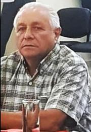 LLAMATIVA DEFENSA DE ROESLER