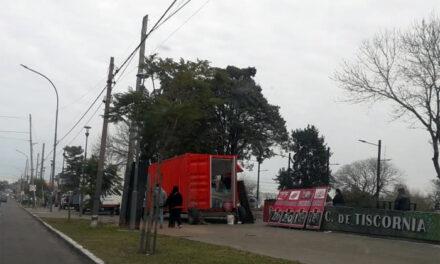 INENTENDIBLE: SIGUE FERIA 'MERCADO VECINO' EN BERAZATEGUI