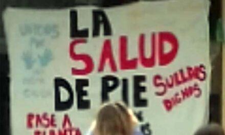 RUIDOSA PROTESTA CONTRA SUELDOS BAJOS EN EL HOSPITAL 'EVITA PUEBLO'