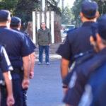 BERNI NO RESUELVE LOS PROBLEMAS DE LA POLICÍA BONAERENSE PORQUE LE SIRVE DE CAMPAÑA