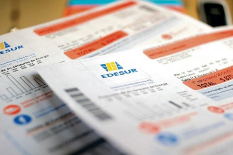 Obligan a Edesur y Edenor a devolver 8 mil pesos por usuario por facturaciones indebidas
