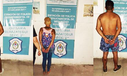 FAMILIARES APEDREAN A LA POLICÍA BUSCANDO EVITAR UNA DETENCIÓN QUE IGUAL SE PRODUJO