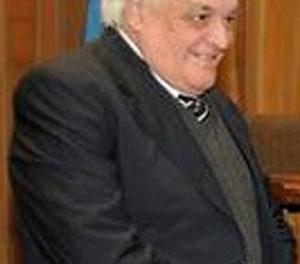 FALLECIÓ EL DR. CARLOS ROUSSEAU, CAMARISTA DEL DEPTO. JUDICIAL QUILMES