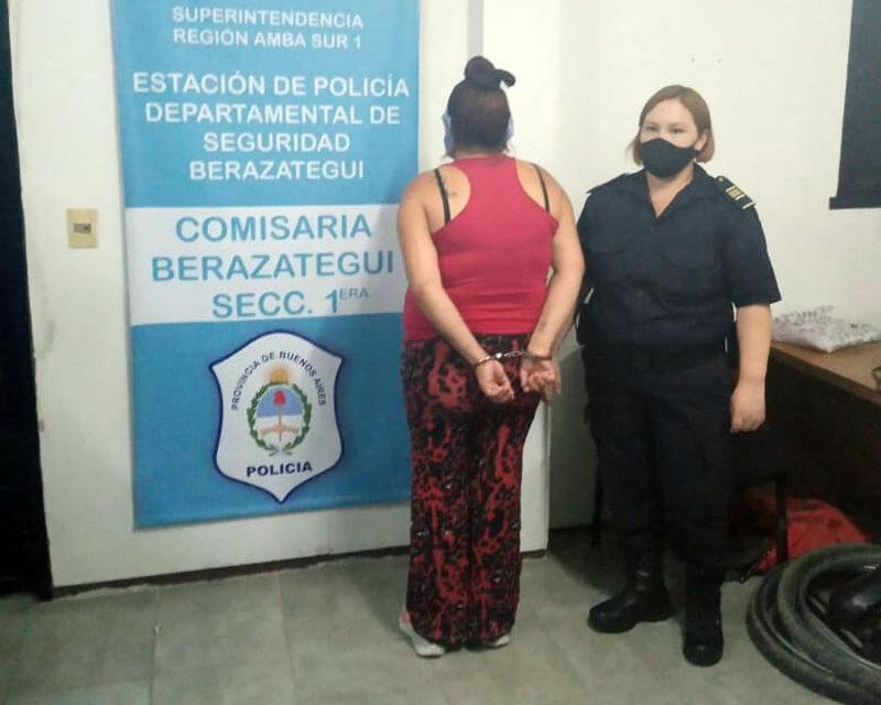 DETIENEN PAREJA DE ASALTANTES DE TAXISTA