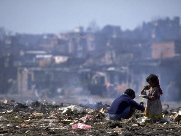 ARGENTINA POBRE: 6 DE CADA 10 NIÑOS NO PUEDEN ALIMENTARSE BIEN